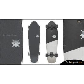 Big Blazer - Cruiser Globe 32pouces - Black/White/Scorps