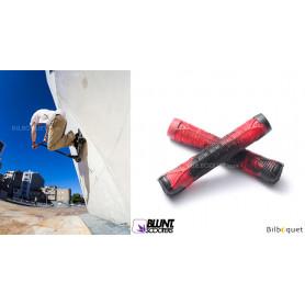 Poignées V2 rouge et noire - Accessoire Trottinette - Blunt