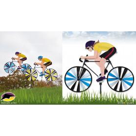 Femme sur son vélo de course Eolienne de jardin
