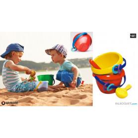Seau de plage ou de bain pour bébé avec une grande cuillère